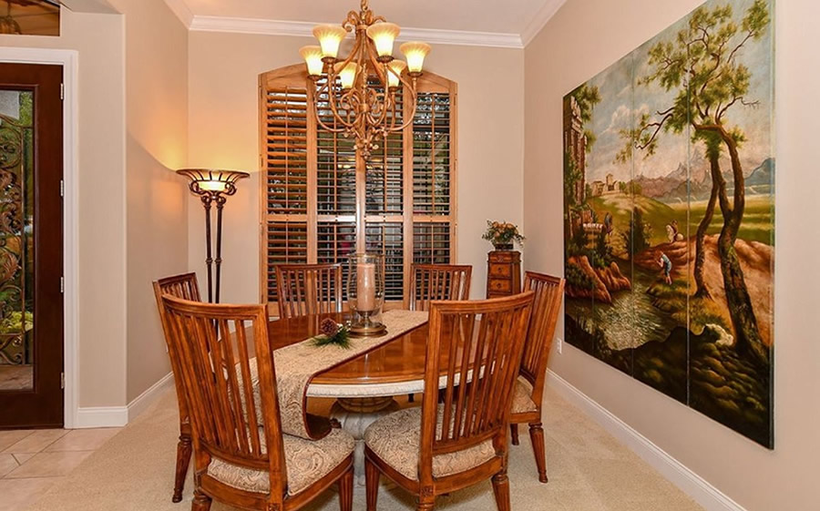 Dining area before remodel